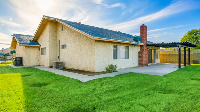 3745 Damien Ave-MLS-035
